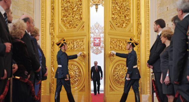 RUSSIA_(f)_0822_-_politburo_20